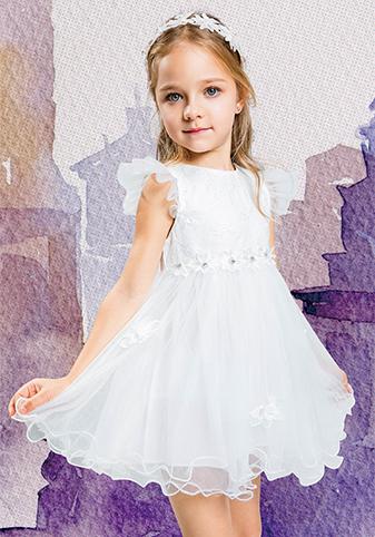 品牌折扣童装,甜美的公主连衣裙孩子们值得拥有
