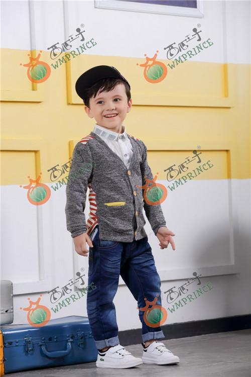 加盟西瓜王子童装 给孩子珍贵童年