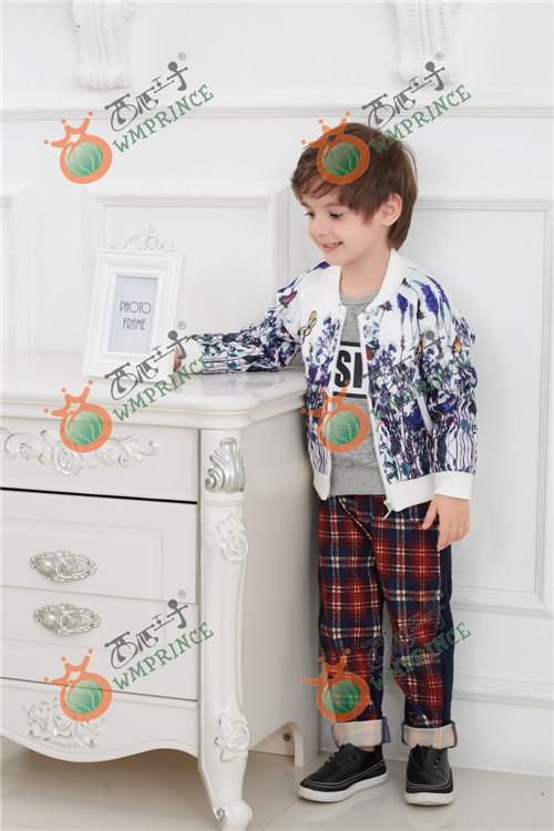 西瓜王子童装做工精致、面料高档展现时尚魅力
