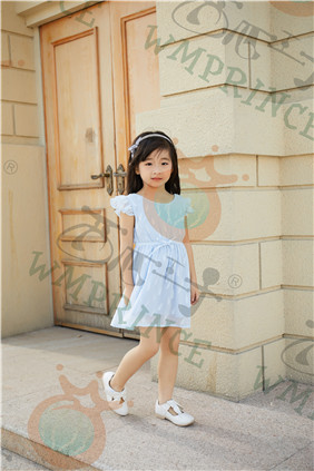西瓜王子童装 是一家具有颠覆性和开创性的童装品牌