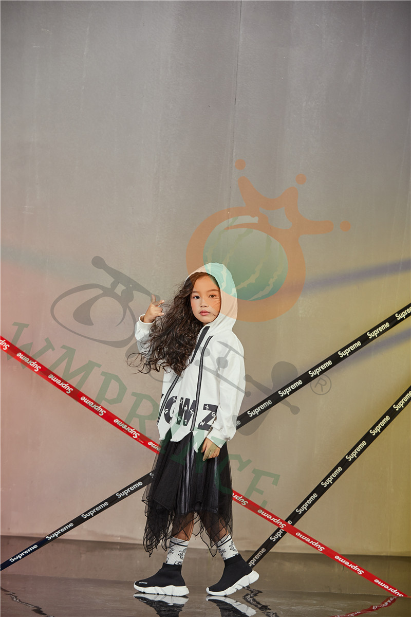 开童装加盟店选择童心童趣服饰 实现与财富共舞