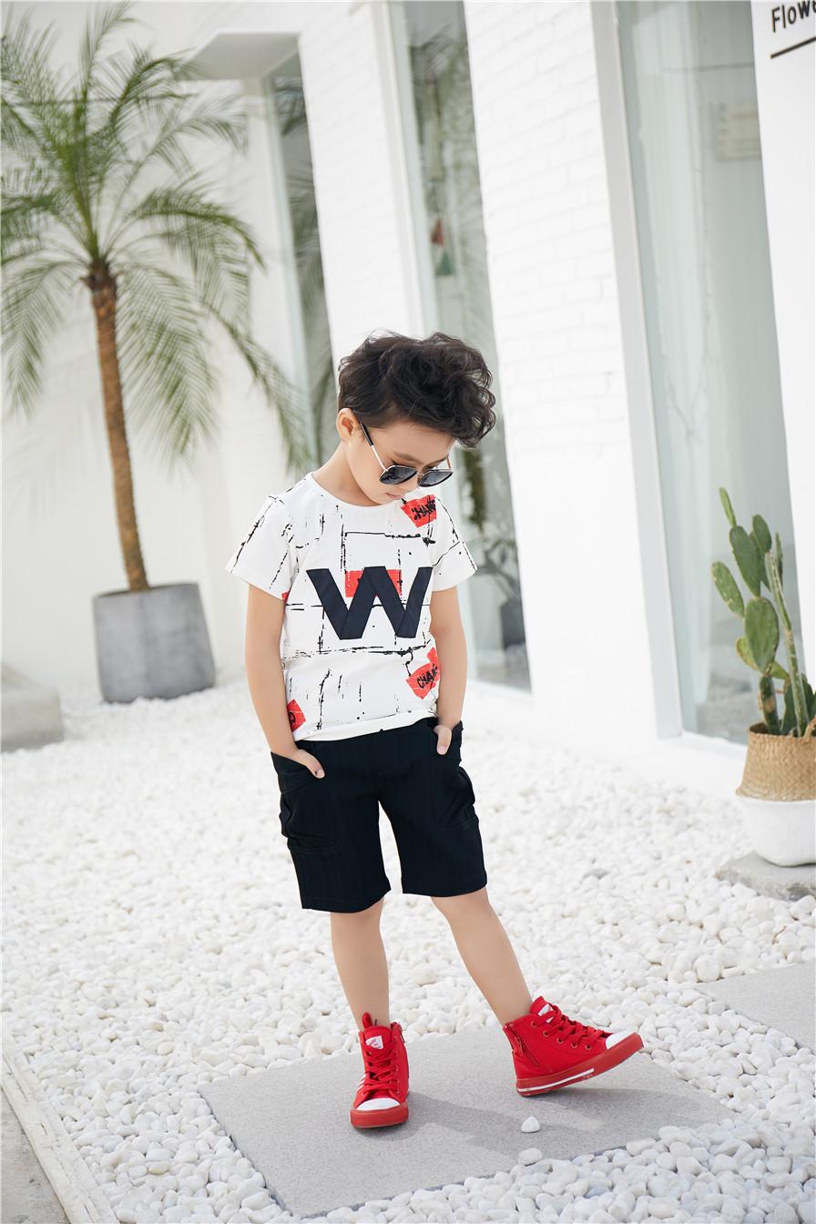 童心童趣服饰童装给孩子带来最舒心的衣着享受