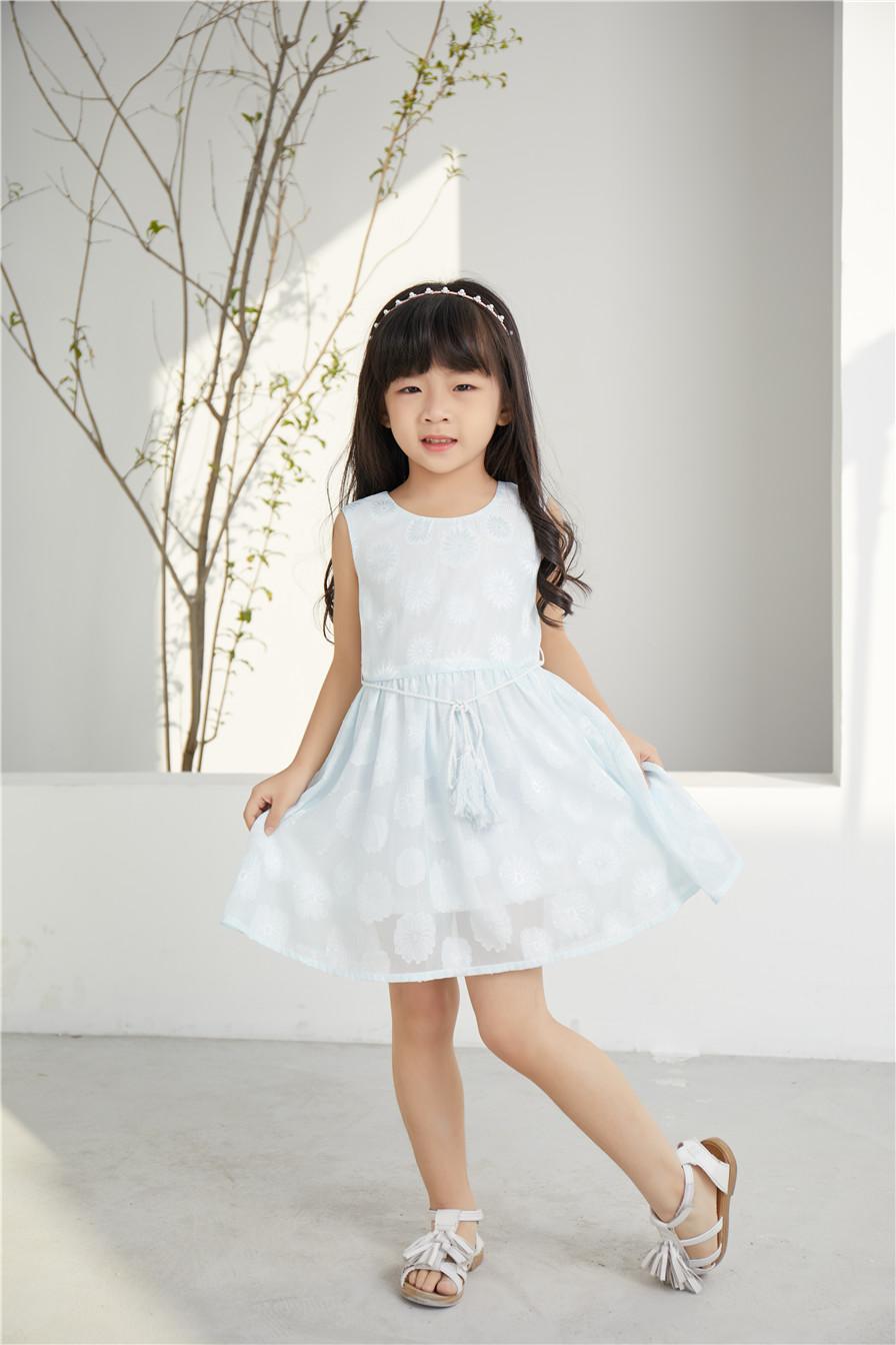 加盟童心童趣服饰童装,健康品质带你走向精彩致富之路