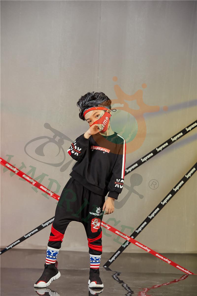 西瓜王子童装为孩子创造一个缤纷灿烂的童年