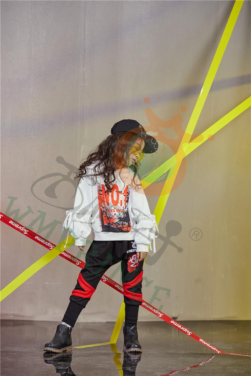 开一家童装店选西瓜王子童装满足合作商需求