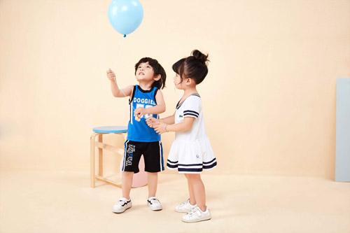 卡贝鱼童装:为了孩子的一切,一切为了孩子!