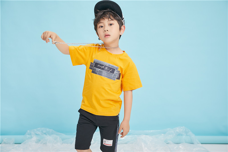 佛山市童心童趣服饰有限公司把你的孩子衬出明星范,还不快来试一试