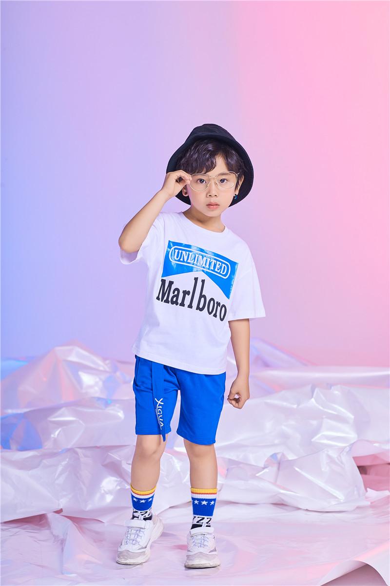 加盟佛山市童心童趣服饰有限公司踏上致富第一步