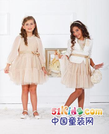 青青果童装产品