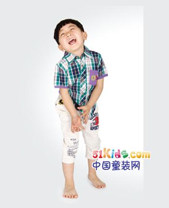 跳格子童装产品