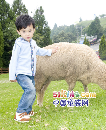 爱佳儿童装产品