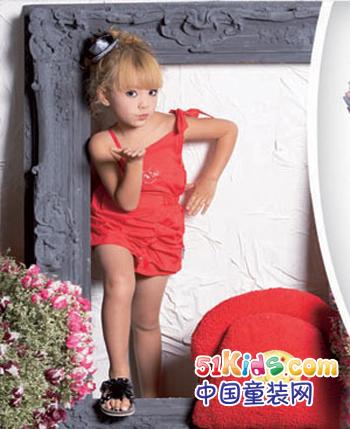 的的依派童装产品图(7)
