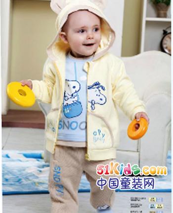 史努比童装产品
