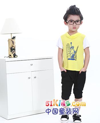 小熊哇噻童装产品