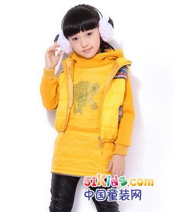 大黄鸭童装产品
