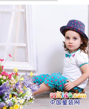 彩虹熊童装产品
