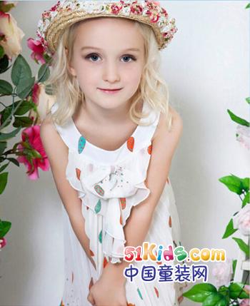 贝凯思童装产品图