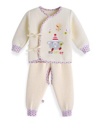 安贝儿童装产品
