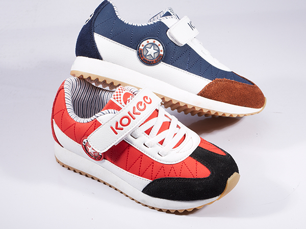 酷奇童鞋产品