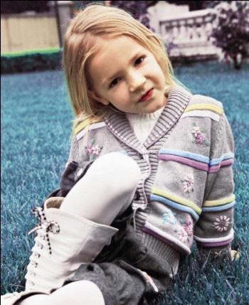 安徒生儿童世界童装产品图(4)