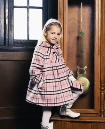 安徒生儿童世界童装产品图(7)