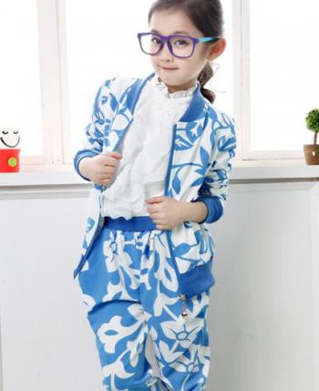 七彩魔鱼童装产品图(5)