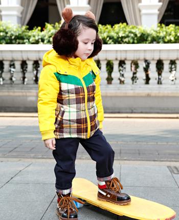 卓维乐童装产品