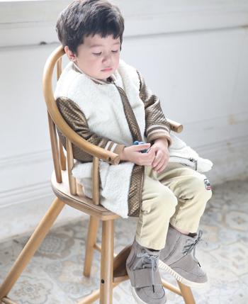 艾可艾奇童装产品