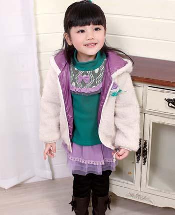 大小孩童装产品展示