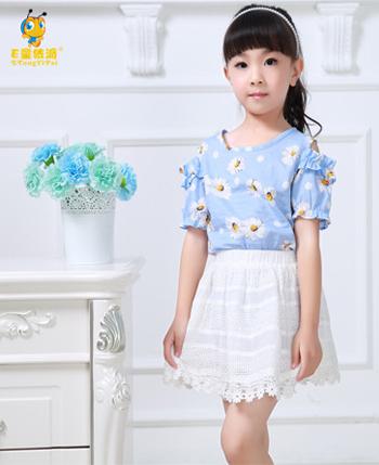 E童依派童装产品