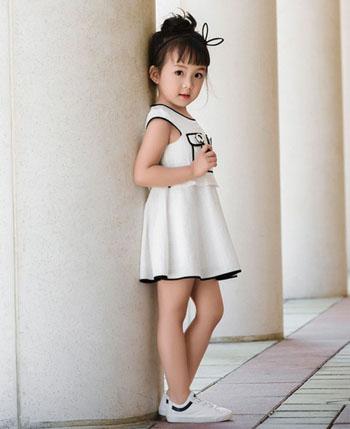 贵族童话童装产品
