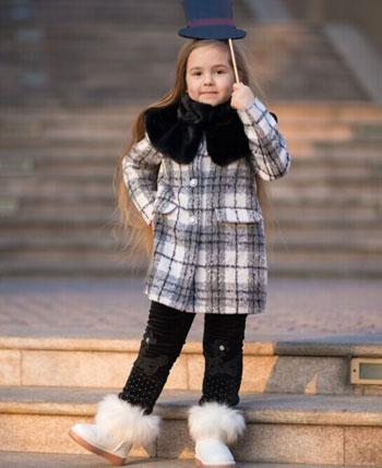 费解童品童装产品
