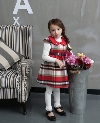 小铃铛童装产品