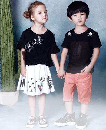 红孩儿童装产品