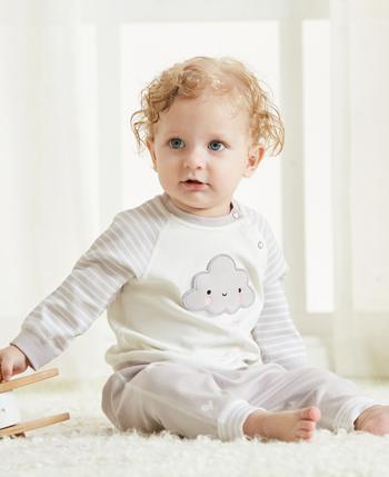 素芽婴幼服饰产品展示