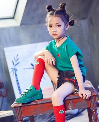 小资范童装产品