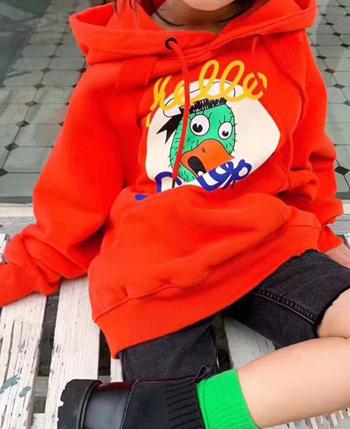 啄木鸟童装产品