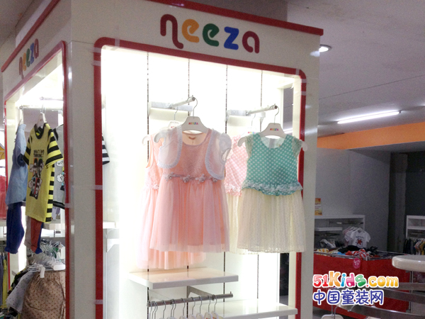 neeza童装店_neeza实体加盟店_neeza店铺装修效果图