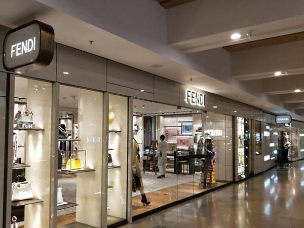 Fendi童装品牌店铺形象
