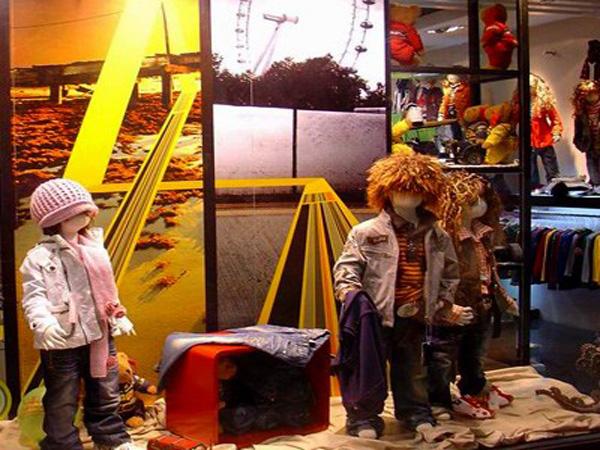 熊贝儿童装品牌店铺形象