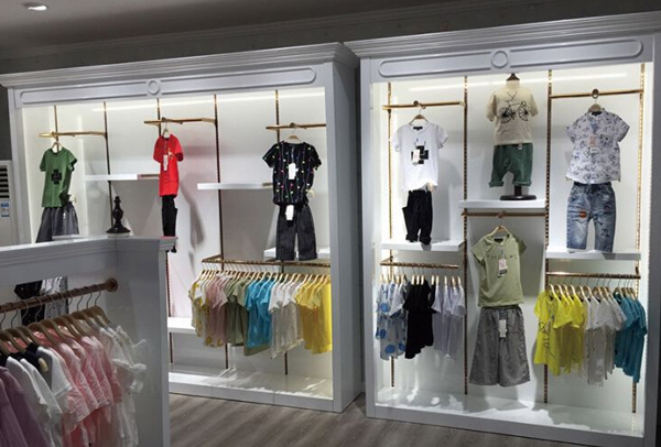奥兰多童装品牌店铺形象