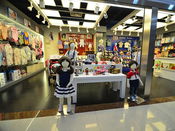 米诺特童装品牌店铺形象