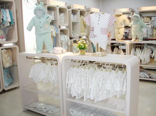 丽婴十八坊童装品牌店铺形象