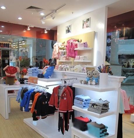 拉童木童装品牌店铺形象