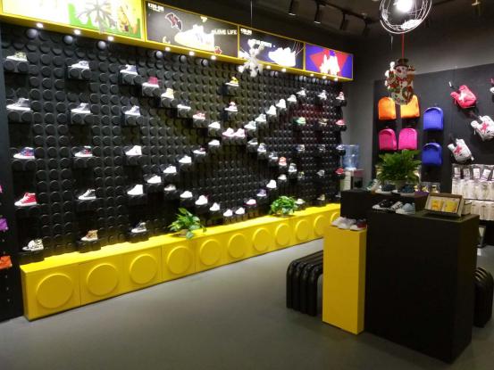 KIDS.ING童鞋品牌店铺形象