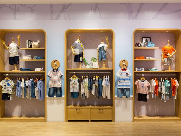 水孩兒童裝品牌店鋪形象