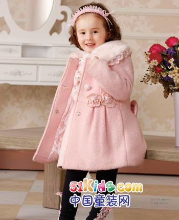 塔塔儿童装 甜美洛丽塔的甜腻与纯真