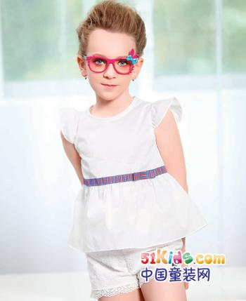 J·2时尚舒适童装 健康环保陪伴孩子快乐成长