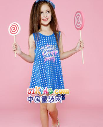 迪士尼小龙童装服饰同时融合武功和舞蹈两种设计元素,充分体现儿童