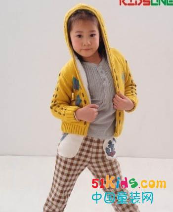 雪苹果引领童装界大众化童装时尚变革
